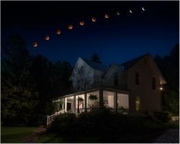 Lunar Eclipse by Ruben Carcagno